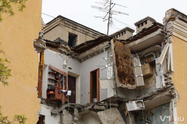 Эксперты сошлись во мнении, что взрывать дом небезопасно