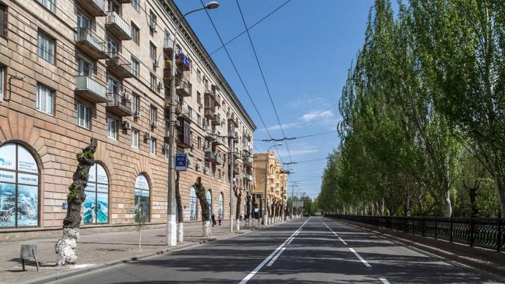 С фасада музея ИЗО в Волгограде смоют розовую краску