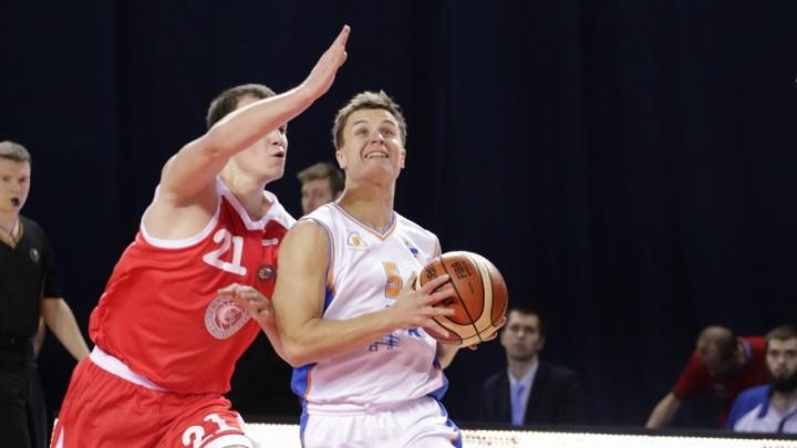Самарские баскетболисты завершили первый круг Суперлиги победой над «Спартаком»