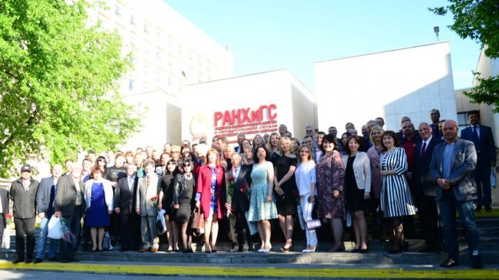 Снова в студенты: в РАНХиГС прошла встреча первых выпускников СКАГС