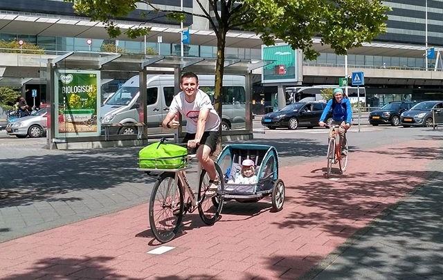 Волгоградцы с трехлетней дочкой доедут на велосипедах до Парижа