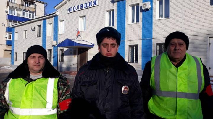 Трико и шлепанцы на босу ногу в мороз: в Похвистнево патрульные спасли мужчину