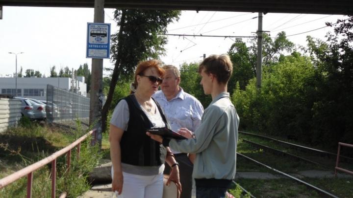 Волгоградцы будут бороться за проход к трамвайной остановке