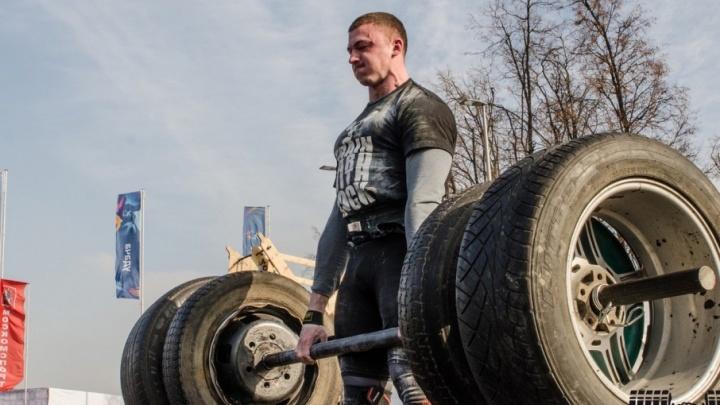 «Подобное ещё не удавалось никому»: пермский силач сдвинет с места боевую машину «Смерч» весом 43 тонны