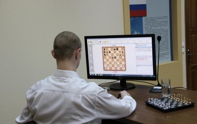 Подросток из архангельской колонии обыграл в шахматы осужденных из Швейцарии