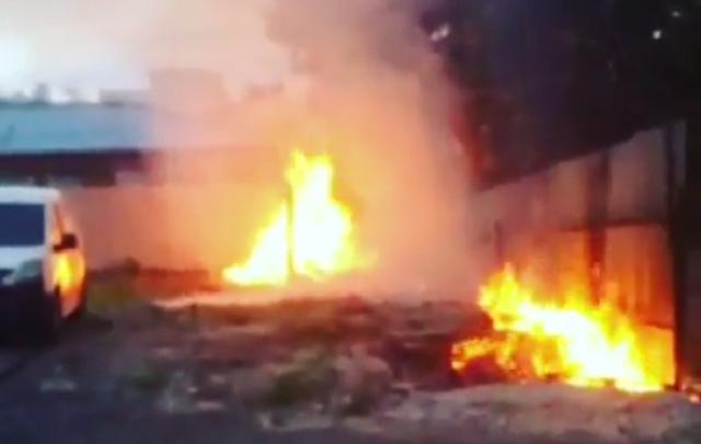 Челябинские поджигатели открыли сезон тополиного пуха