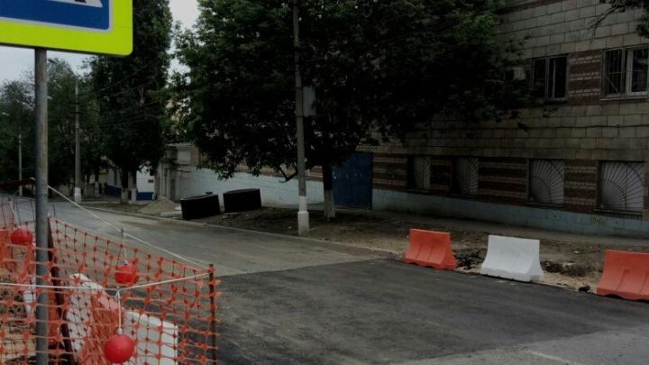 На улице Пархоменко в Волгограде досрочно открыли движение транспорта