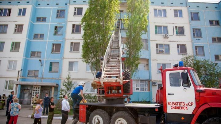 Под Волгоградом  в закрытом военном городе обрушился подъезд жилого дома