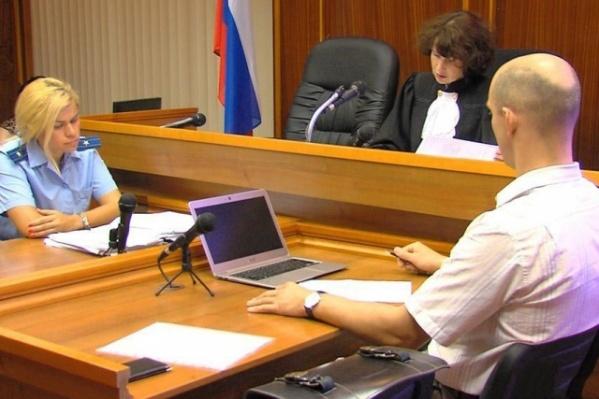 Суд признал коллектора Антона Гилко виновным в самоуправстве