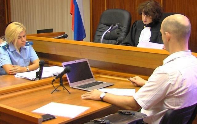 Коллектор проведёт в колонии два года за стрельбу в должника в Челябинске