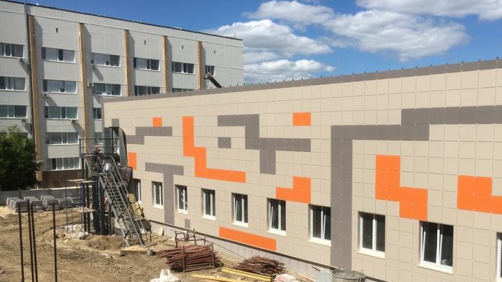 Новое отделение больницы №25 первых пациентов примет в январе
