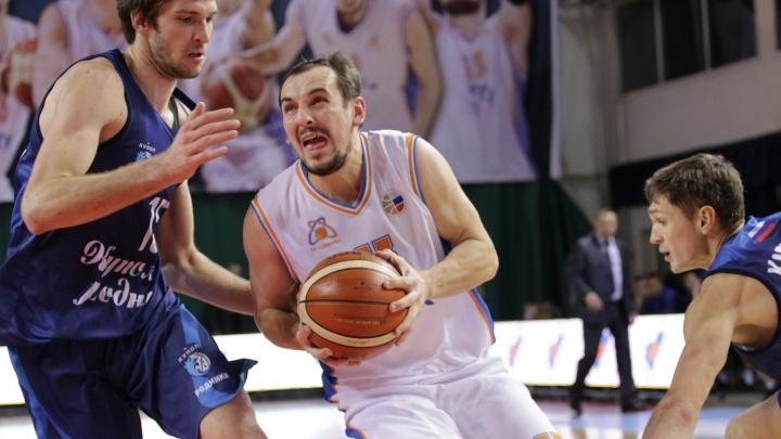 +21 к середине игры: баскетболисты «Самары» переиграли ижевский «Купол Родники»