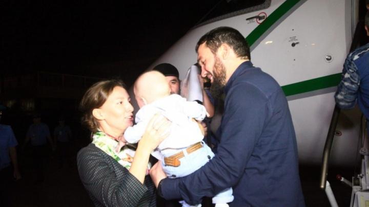 Тюменку с маленьким сыном эвакуировали из Ирака