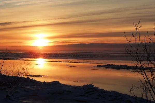 На реках области встает лед, достаточно поздно в этом году