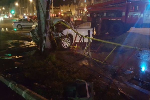 Молодого водителя иномарки спасти не удалось