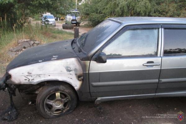 Последним штрихом юных мстителей стал поджог авто волгоградки