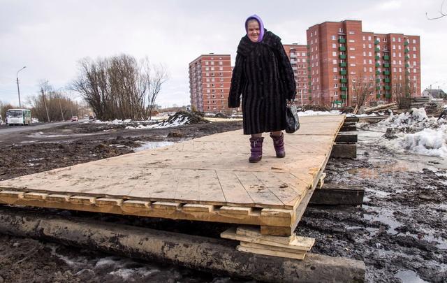Мэрия Архангельска: арктический «паркет» на Ленинградском отремонтируют с приходом тепла