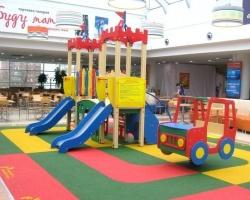В ТРК «Семья» появился детский игровой комплекс