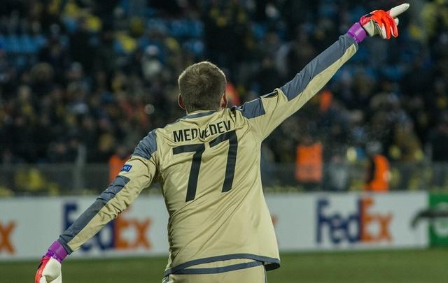 Голкипер «Ростова» Медведев побил рекорд по продолжительности «сухой» серии в одном сезоне РФПЛ