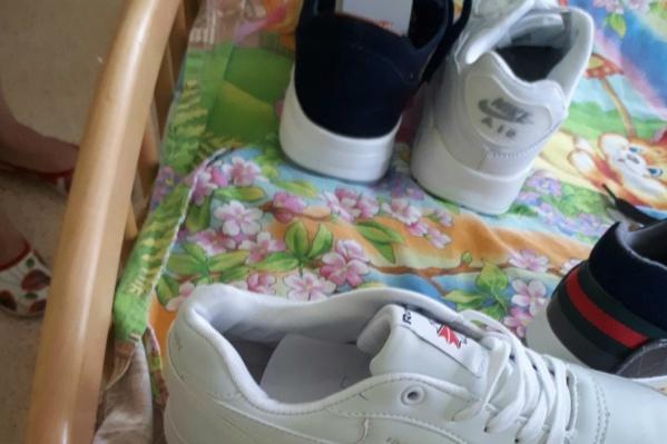 Поддельные одежду и обувь продавали в «Альтаире»