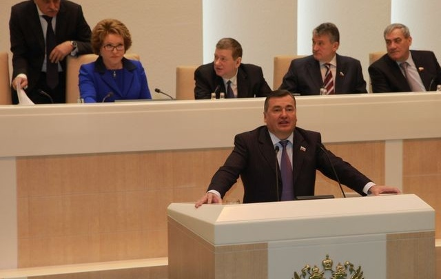 Валерий Сухих принимает участие в Совете законодателей России