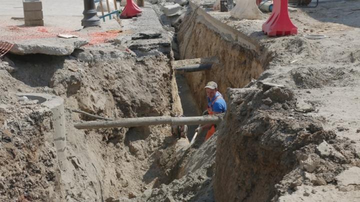 Не успели: ремонт на Станиславского все еще идет