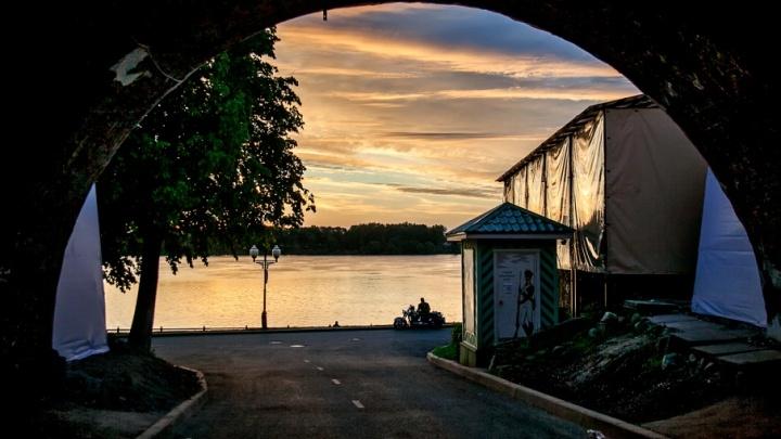 Город после Дня города: гуляем по Ярославлю в первых лучах солнца