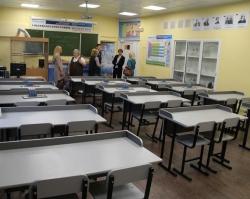 В школе №132 при поддержке «УРАЛХИМ» отремонтирован химический класс