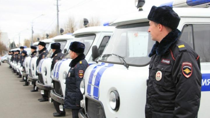 В День полиции сотрудники УМВД Поморья получили новые автомобили и катера
