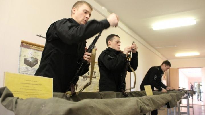 Курс бойца: в Самарской области выпустили первых профессиональных спецназовцев