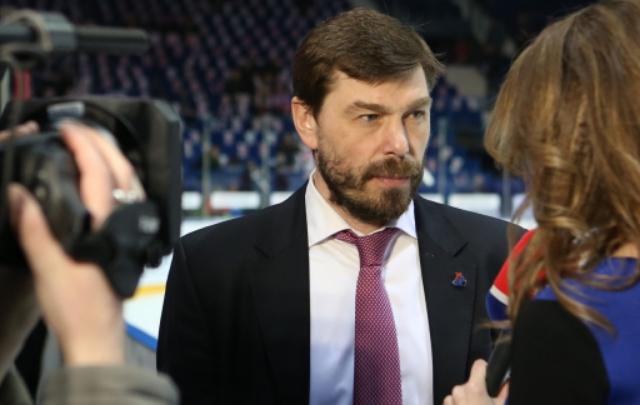 «Локомотив» продлил контракт с Алексеем Кудашовым