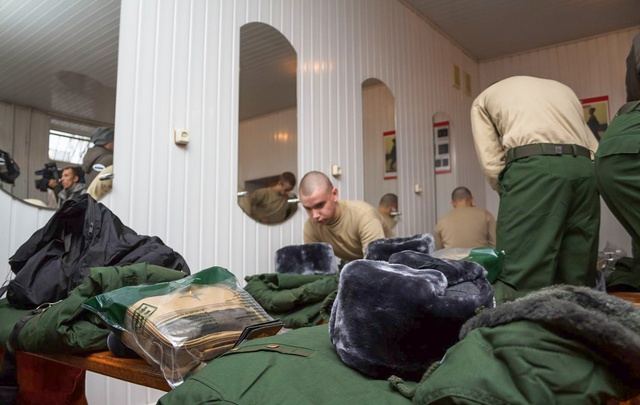 Военкомат официально объявил весеннюю охоту за новобранцами