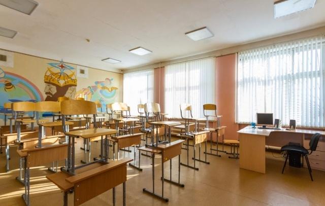 «Мы сами мыли свой класс»: челябинские учителя отреагировали на самарский конфликт в школе