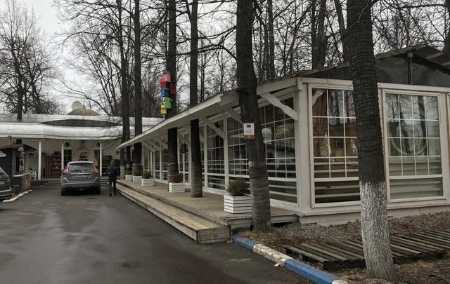 Летняя веранда популярного ярославского кафе «пережила» зиму