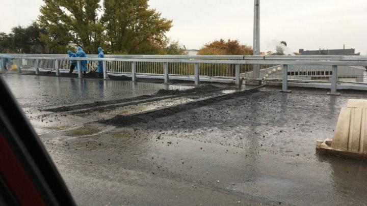 «Как только позволит погода»: в мэрии не стали называть новые сроки открытия Южного моста
