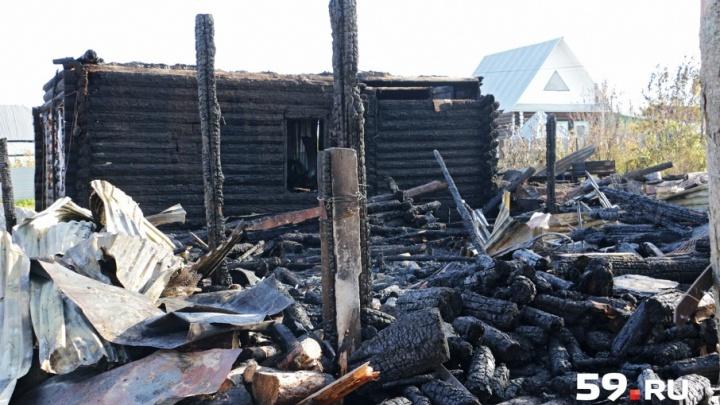 «Я слышала, как папа кричал»: подробности пожара в Верещагино, в котором погибли отец и дочь