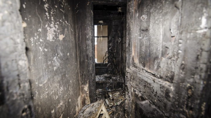 Хотели поиграть: дети сожгли 2 дома и баню в Няндоме