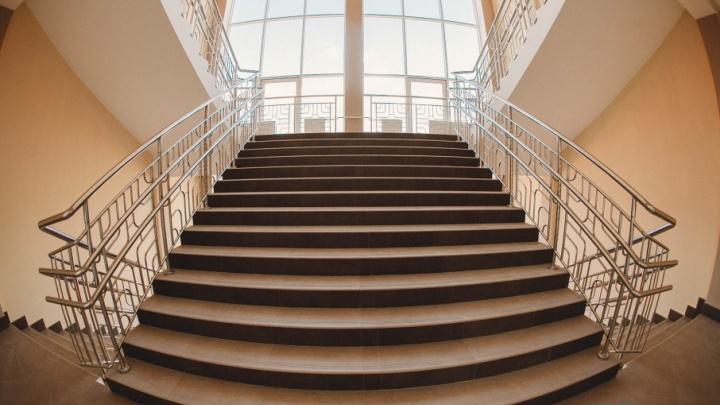 Шведский стол, фонтан в столовой и свой администратор: как самая большая школа Тюмени готовится к открытию