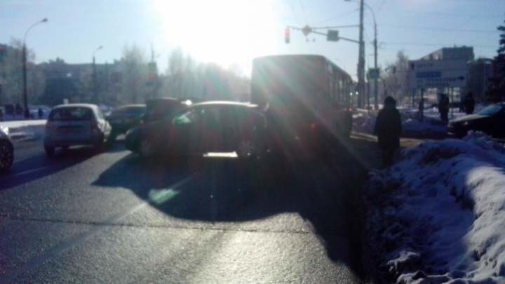 ДТП с маршруткой парализовало движение общественного транспорта