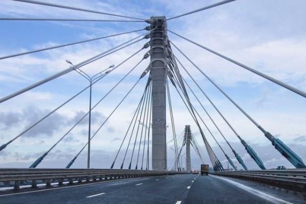 Некоторые участки моста будут платными