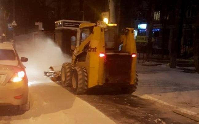 Устраняли последствия непогоды: за ночь из Ростова вывезли 5 тысяч тонн снега