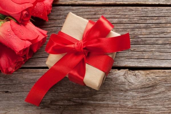 В результате игры — несколько красивых и оригинальных идей для подарков к Международному женскому дню