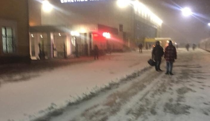 Ярославль накрыла метель: дороги занесло снегом. Опять