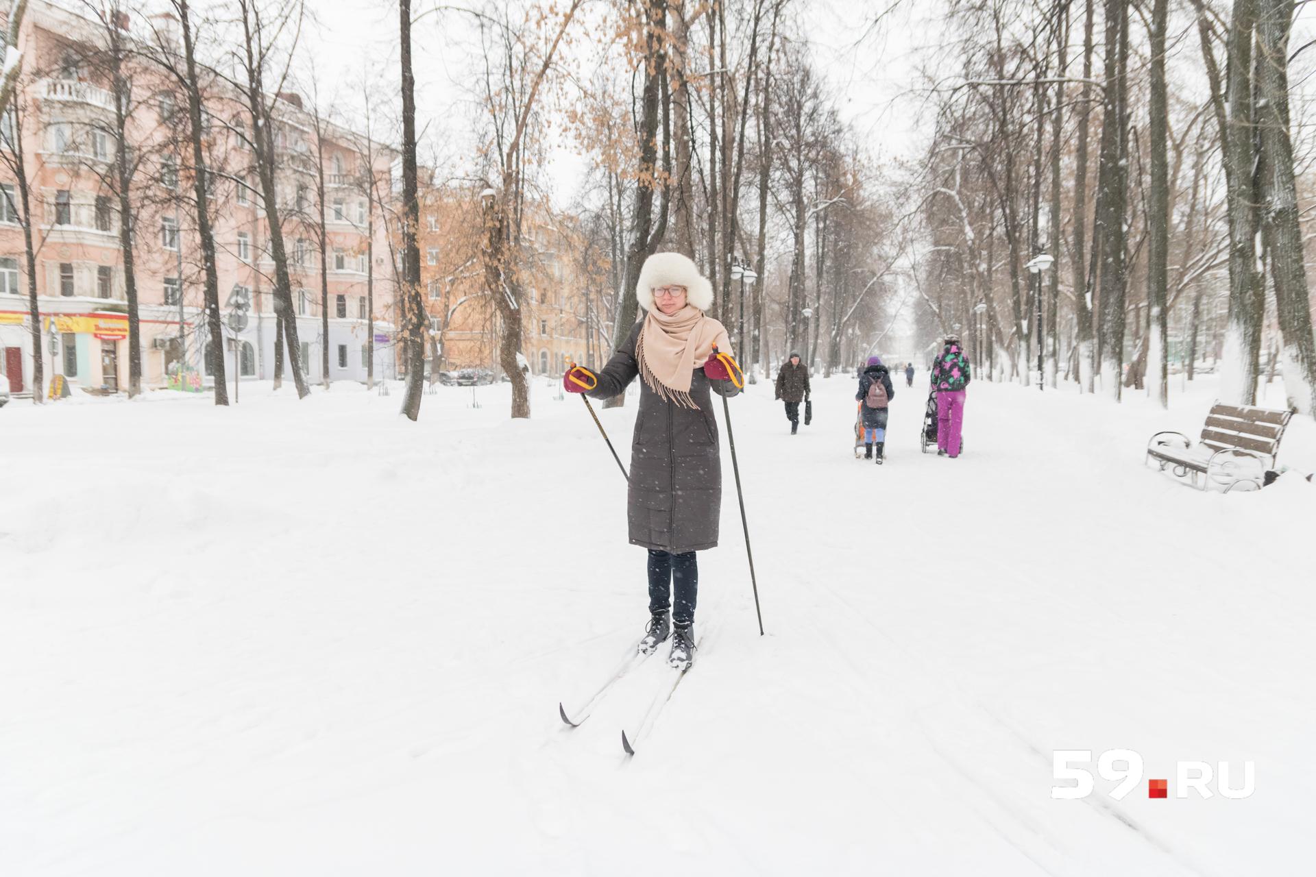 Чуть притоптано, но снега вполне хватает, чтобы как следует разогнаться