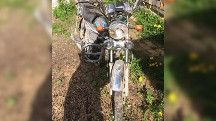 В Плесецком районе мотоциклист сбил 10-летнего ребенка