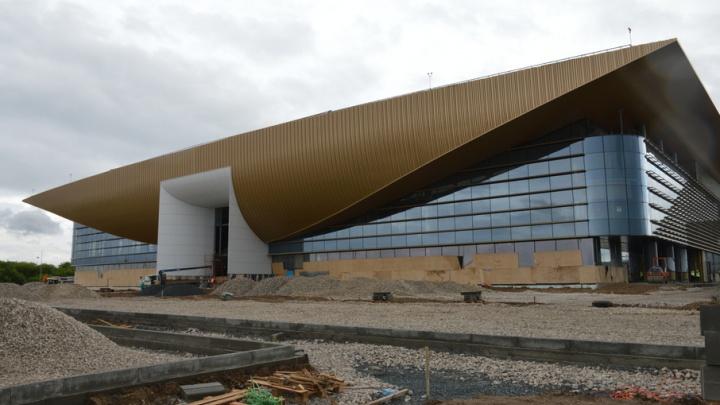 В новом пермском аэропорту ремонтируют фасад и готовят привокзальную площадь