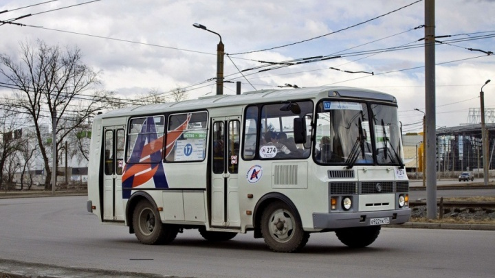 «Ждём по три часа»: жителям челябинского посёлка добавят автобус на единственный маршрут