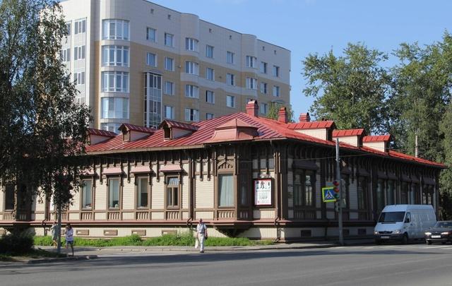 Здание молодёжного театра передано в областную собственность