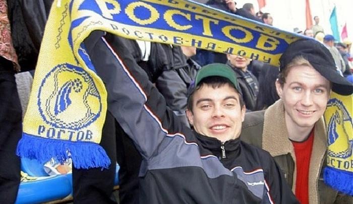Ростовские болельщики проведут флешмоб в поддержку травмированного футболиста Артура Юсупова