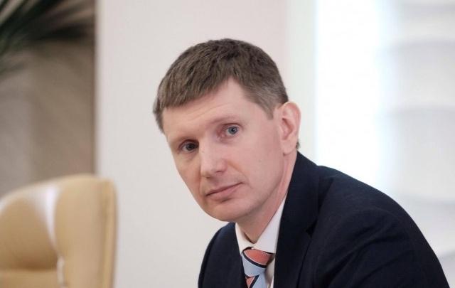 Глава Прикамья заработал в прошлом году 5,7 млн рублей